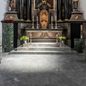 ProNaturstein - Vereinigung Österreichischer Natursteinwerke - Pfarrkirche Dornbirn - ein Projekt von Lauster Naturstein